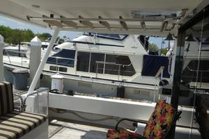 ' Pacific Mariner Pilothouse 2000 Custom Aft Deck Hinged Ladder