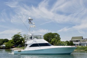 55' Viking 55 Convertible 2001 3 Starboard