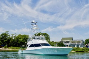 55' Viking 55 Convertible 2001 2 Starboard Profile