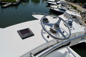 55' Viking 55 Convertible 2001 21 Helm (Tower)