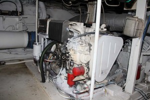 50' Hatteras 50 Convertible 1982 26Engine