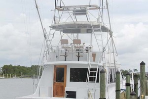 50' Hatteras 50 Convertible 1982 33 Stern At Dock