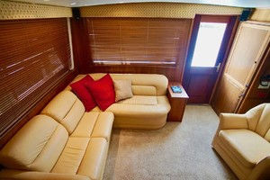 50' Hatteras 50 Convertible 1982 15 Salon To Aft