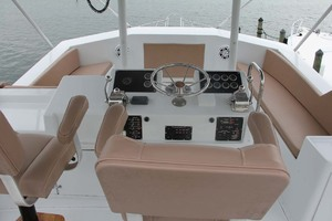 50' Hatteras 50 Convertible 1982 11 Flybridge Forward   Seating