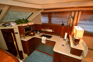 50' Sea Ray 500 Sedan Bridge 2005 Galley