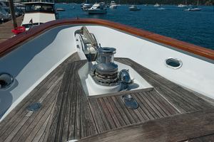 92' Motor Yacht Ortona Navi 1989 Bow