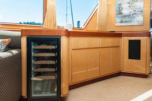 92' Motor Yacht Ortona Navi 1989 Salon Wine Cooler