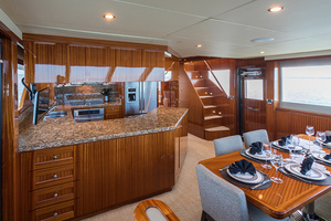 78' Ocean Alexander  2014 Galley and Dinette