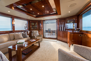 78' Ocean Alexander  2014 Main Salon Looking Aft
