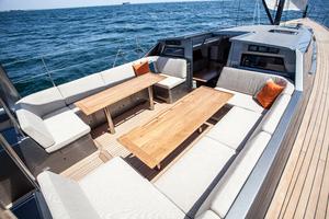 77' Goetz / Derecktor Custom Sparkman & Stephens Designed Performance Sailing Yacht 1996 COCKPIT