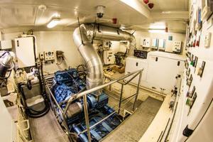 78' Cantiere Navale Di Pesaro Naumachos 82 2009 Engine Room