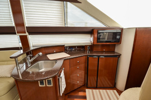 39' Meridian 391 Sedan Bridge 2011 Galley