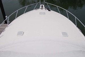 48' Viking 48 Convertible 2002 Foredeck