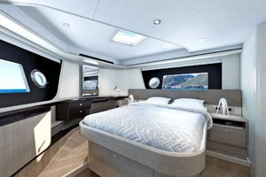 Absolute 62 Fly-2020-ON ORDER Enroute to Staten Island , NY-New York-United StatesMaster Stateroom  1185883 thumb