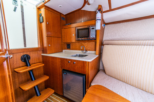 Papi Chulo is a Albemarle 290 XF Yacht For Sale in Galveston-Papi Chulo Albemarle 2008 29 XF-3