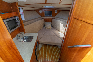 Papi Chulo is a Albemarle 290 XF Yacht For Sale in Galveston-Papi Chulo Albemarle 2008 29 XF-4