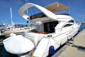 61' Viking Princess Sport Cruiser 2004 Aft Starboard