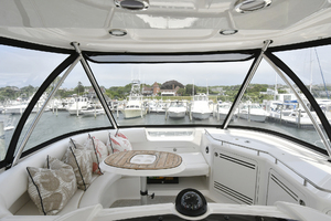 58' Sea Ray 580 Sedan Bridge 2009 Flybridge Seating