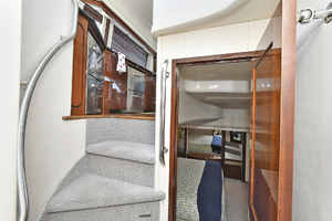 58' Sea Ray 580 Sedan Bridge 2009 Companionway to Staterooms