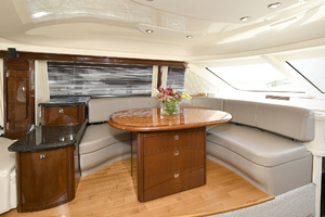 58' Sea Ray 580 Sedan Bridge 2009 Dinette
