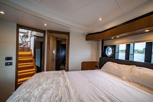 52' Absolute 52 Navetta 2017 VIP Guest Stateroom