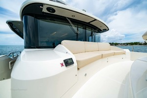 52' Absolute 52 Navetta 2017 Foredeck Seating