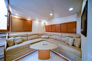 45' Cabo Express 2007 Salon Settee