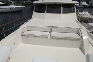 53' Hatteras Motoryacht 1978 FORWARD SEATING