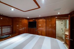 84' Hargrave 84 Fly Bridge Motor Yacht 2010