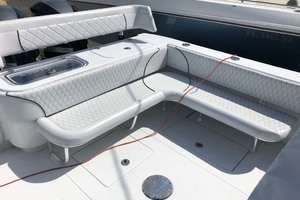 39' Contender Center Console 2016 Aft Seating And Livewell