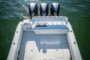 photo of Contender Center Console -