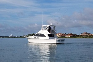 42' Ocean Yachts Super Sport 1991 Starboard Aft View