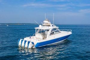 47' Intrepid 475 Sport Yacht 2015 Starboard Aft