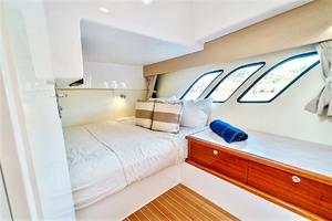 47' Intrepid 475 Sport Yacht 2015 Master Stateroom
