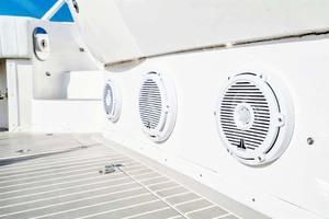 47' Intrepid 475 Sport Yacht 2015 Cockpit Sound System