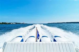 47' Intrepid 475 Sport Yacht 2015 Running