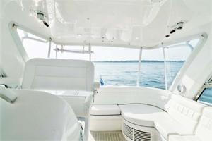 47' Intrepid 475 Sport Yacht 2015 Helm Deck
