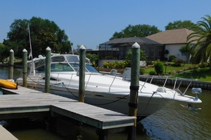 45' Sea Ray 400 Express Cruiser 1993