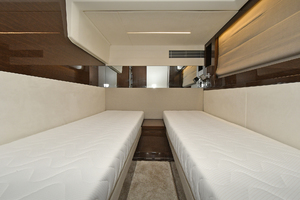 Prestige 590 Fly-2020-IN STOCK Staten Island , NY-New York-United StatesGuest Stateroom  1233018 thumb