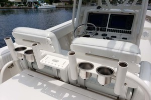 38' Jupiter Center Console 2008 Drink And Rod Holders