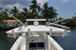 38' Jupiter Center Console 2008 Hardtop And Rocket Launchers