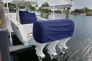 38' Jupiter Center Console 2008 Covers