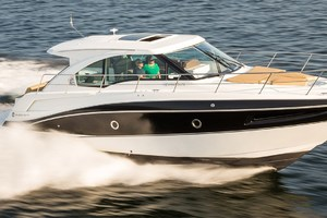 41' Cruisers 41 Cantius 2015 Starboard Side