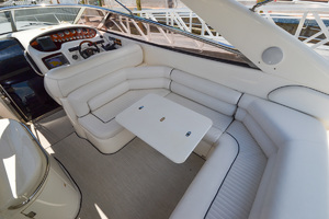 50' Sunseeker 48 Superhawk 1998 Cockpit Table