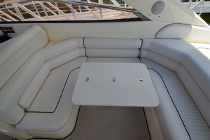 48' Sunseeker 48 Superhawk 1998 Table
