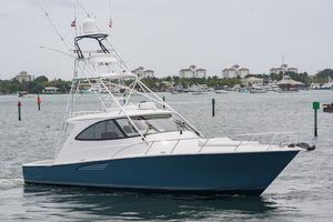 53' Viking 52 Sport Tower 2018 Starboard Bow