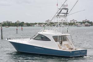 53' Viking 52 Sport Tower 2018 Port Side Stern