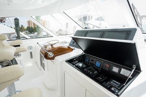 52' Viking 52 Sport Tower 2018 Helm Station