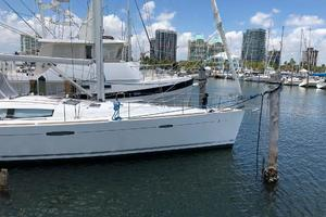 49' Beneteau America 49 2007 Starboard side