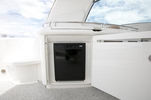52' Sea Ray 52 Sundancer 2007 Cockpit refrigerator